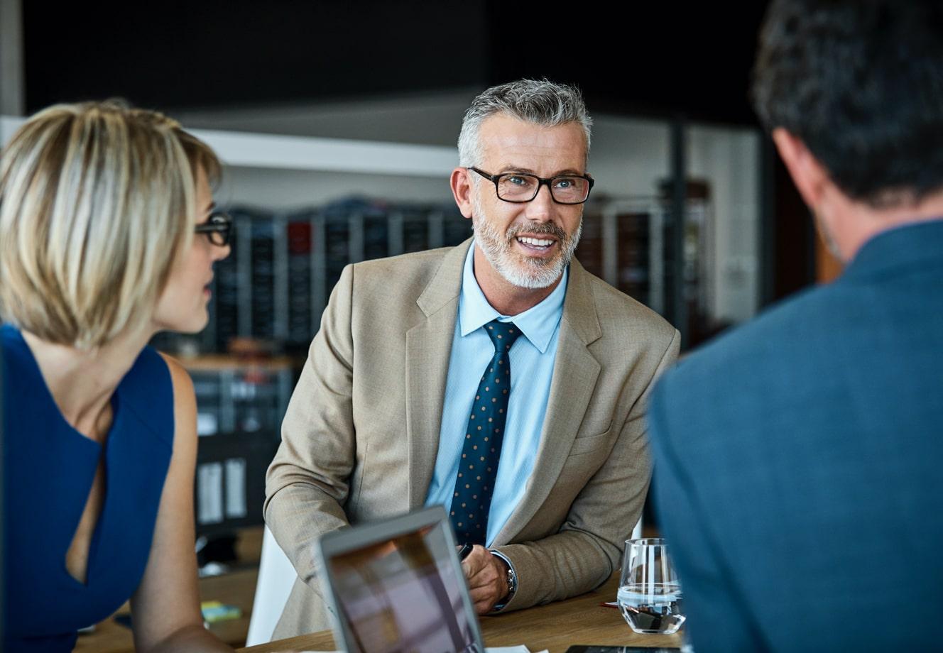 Solutions de sécurité complètes pour vos clients professionnels